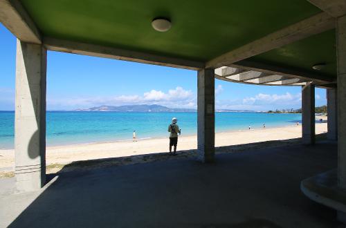 「幸喜公園ビーチ」キャンプができる家族向けビーチ。夕日もきれい!