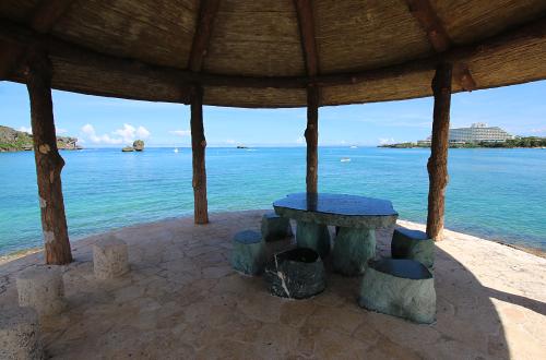 「恩納海浜公園ナビービーチ」BBQもできるよ。アクセスはここ!