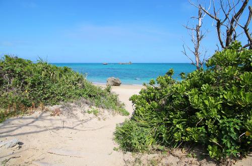 「ムルク浜ビーチ」BBQもできる隠れスポット。アクセスはここだ!