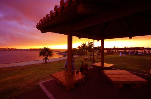 波の上うみそら公園「バーベキューエリア」。海を見ながらBBQ!