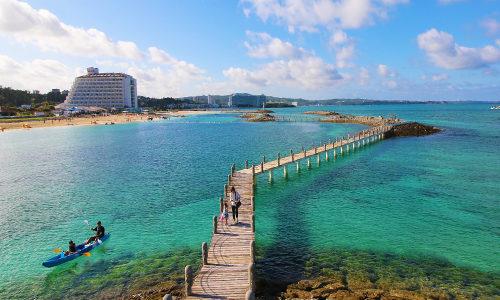 サンマリーナビーチの透明度は本物。夏の海水浴はここで決まり!