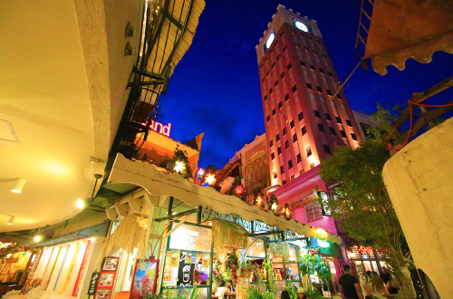 「美浜デポアイランド」グルメ&ショッピングが楽しめる外国の街!