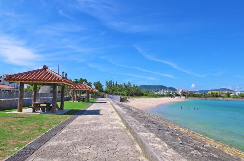 「石川ビーチ」観光雑誌にものらない地元御用達のビーチ!