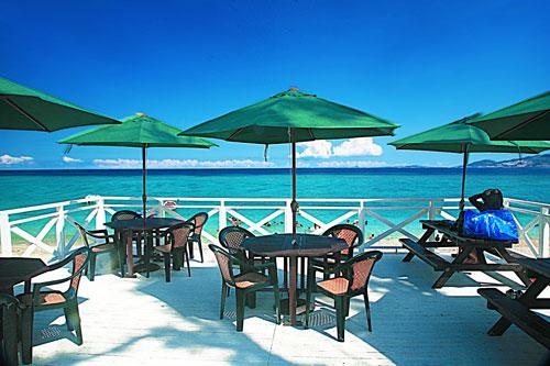 「ミッションビーチ」キャンプも楽しめる大人のプライベートビーチ!