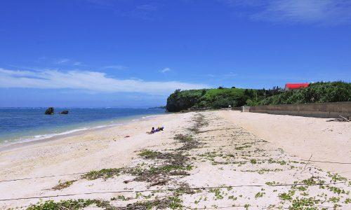 「今泊浜」岩と岩の間に挟まれたプライベートビーチを紹介するよ!