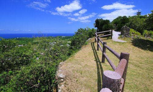 「シヌグ堂バンタ」宮城島の山頂は景観スポット!アクセスはここだ!